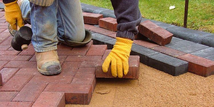 Apa Saja Tujuan dan Manfaat Menggunakan Paving Block ?