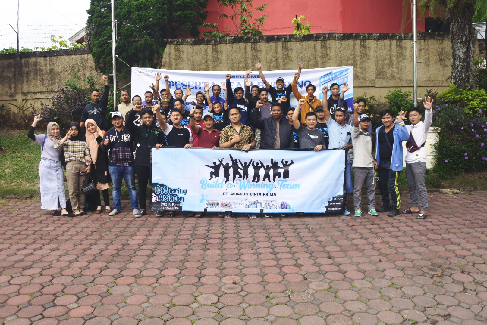 News : Acara Family Gathering Asiacon Group 2019 di Puncak - Bogor